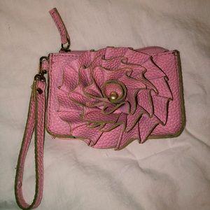 Handbags - Super cute wristlet/wallet!